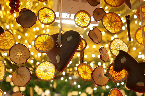 hanging dried orange lemon slices and gingerbread christmas decorations