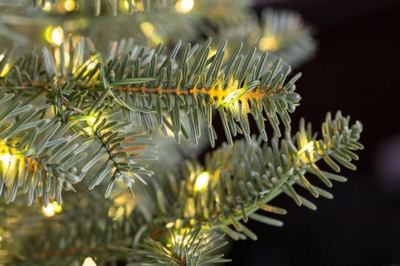 How To Choose Your Artificial Christmas Tree