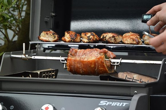 Weber BBQ with rotisserie, warming rack, instant read digital thermometer and vegetable trays