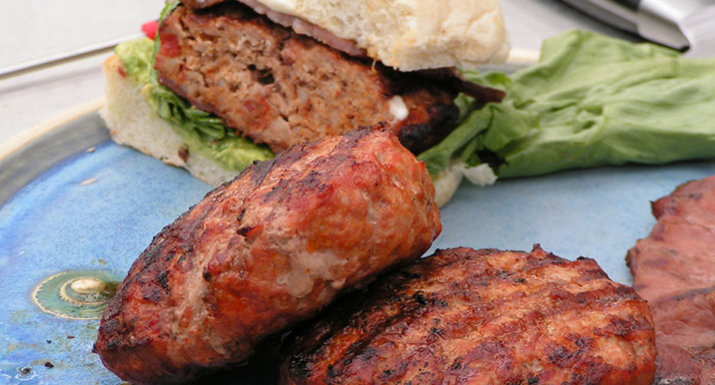 Spanish-style burgers cooked on the Weber Master-touch BBQ