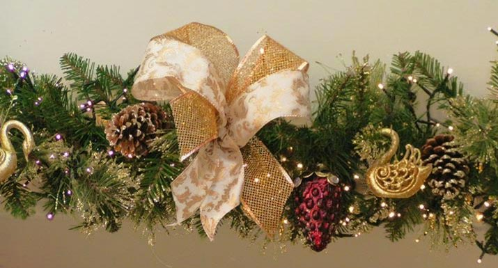 Decorate Christmas Tree Garland : No space for a christmas tree decorate garland instead