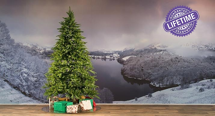 A Good Quality Artificial Christmas Tree Really Is Worth
