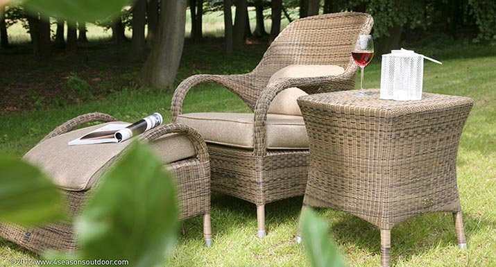 Resin weave garden chair. How to fix an outdoor resin wicker garden chair with a twisted
