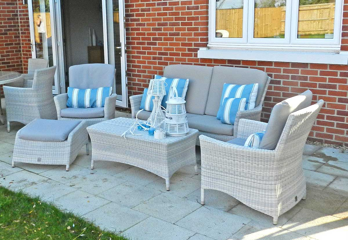 4 Seasons Outdoor Sheraton Lounge Set in Polyloom Provance