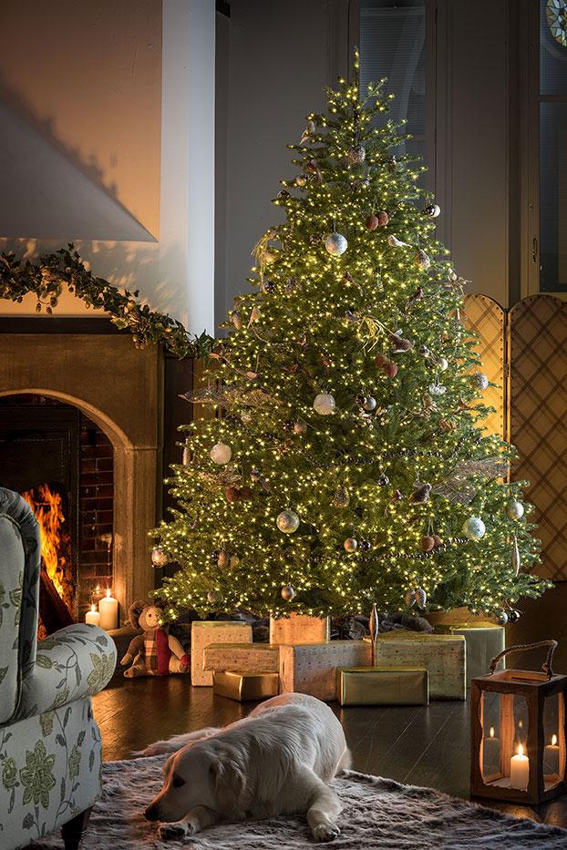 Ridgedale Infinity artificial Christmas tree