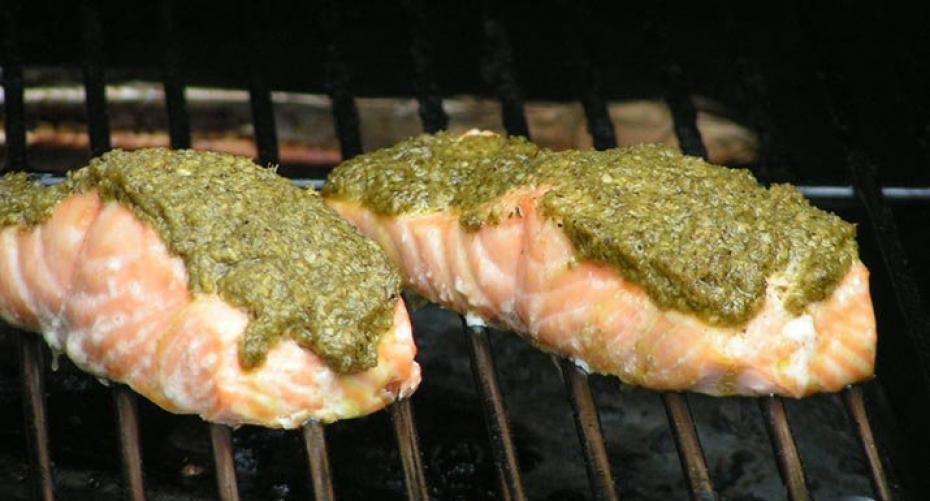 hot smoked salmon & pesto on the Traeger Wood Pellet Grill Pro Series 22