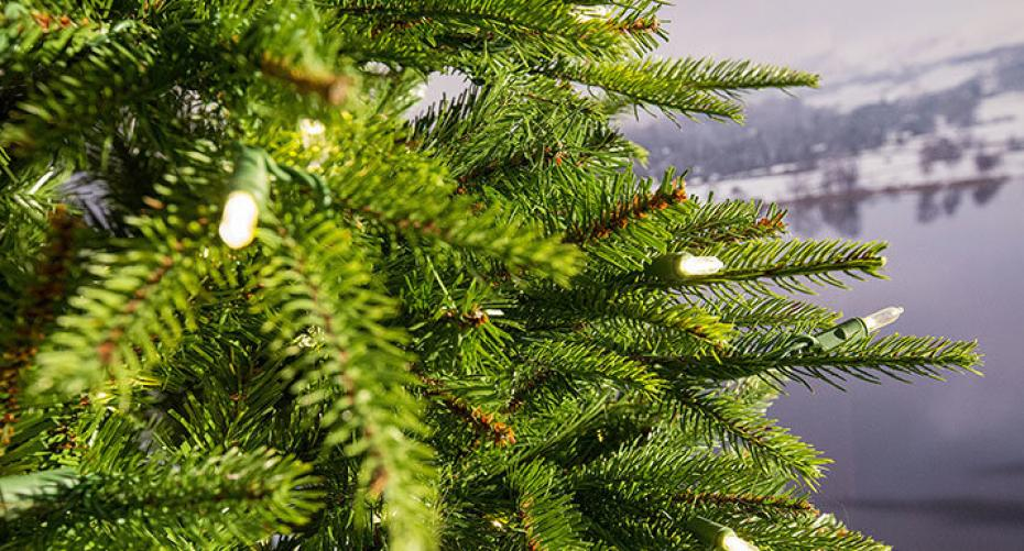 Weeping Spruce artificial christmas tree