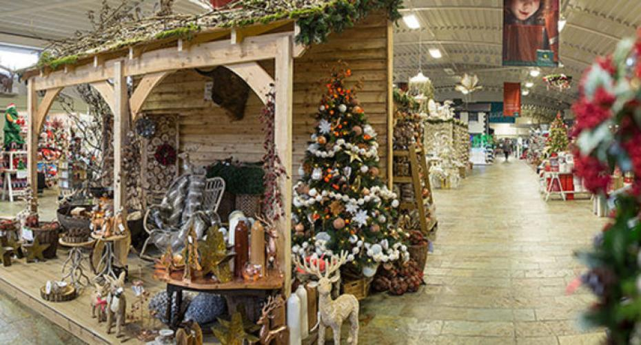 Hayes Garden World Christmas department 2016