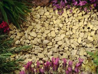 Kelkay Yorkdale Cream Chippings 14-22mm Bulk Bag