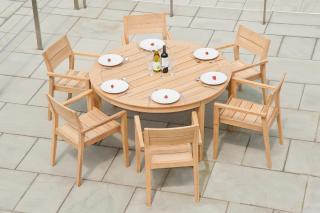 This hardwood set has a simple design & seats six.