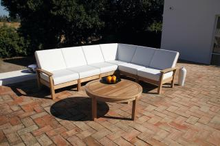 The luxurious Haven Corner Seat will provide the optimum of comfort whilst entertaining in the garden.