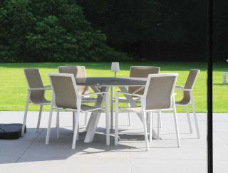 Westminster Madison 6 Seat Round Set in White/Stone