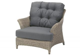 4 Seasons Outdoor Valentine Living Chair in Pure