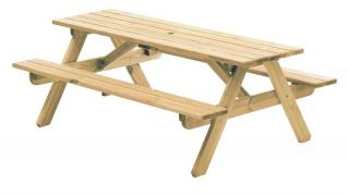 Alexander Rose Code 316C. A heavy duty pine picnic table just ready for entertaining.