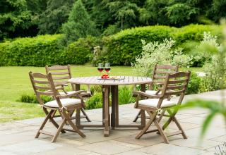 This 4 seat set is easy to store with its folding gateleg table & chairs.