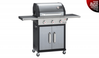 This colourful 4 Burner Gas BBQ will brighten up your patio.