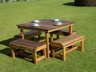Redwood Thrilmere Eight Seater Patio Set