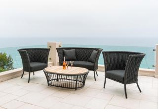 Alexander Rose Cordial Grey Straight Top Roble Lounge Set with Roble Table