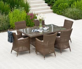 This attractive all weather resin weave set offers plenty of space for six.