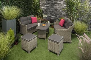 This versatile set in grey can be used for intimate lunches or afternoon tea for the family.