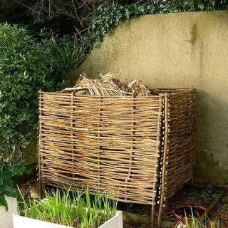 The eco friendly Compost Box is ideal for hiding the bulky, unsightly plastic compost bins.