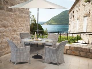 Supremo Venice Round 4 Seater Dining Set