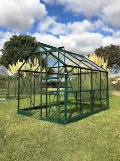 Vitavia Apollo 7500 Greenhouse in Green