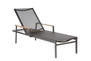 Barlow Tyrie Code 1AUL. The Aura Lounger is available in three seat colours.