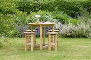 The Bahama High Dining Stools Set is very versatile and would fit perfectly into a garden, public house or resturant garden.