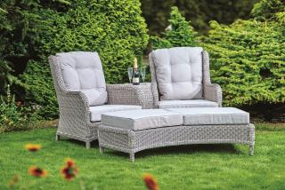 This elegant resin wicker two seat set would be ideal for a quiet corner of the garden or patio.