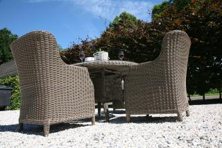 A great Hularo Weave dining set for a smaller patio with padded all weather cushions.