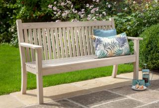 A POLYWOOD® lumber 3 seater garden bench made from recycled materials with a Parchment finish.