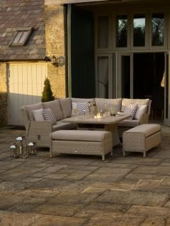 Bramblecrest Chedworth Casual Lounge Suite with Firepit