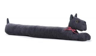 This Scottie Dog Draught Excluder would make a practical & fun gift for dog lovers. Code DET02.