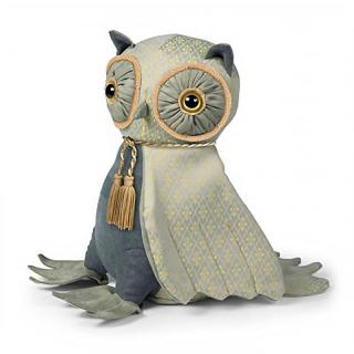 The posh version of the Lord Oliver Wise Owl Doorstop comes in neutral colours. Code DSDOT110.