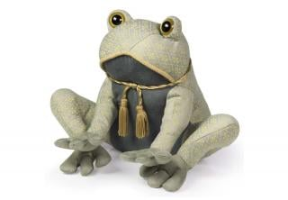 This Posh Toad Doorstop comes in contemporary neutral colours that suit any room. Code DSDOT161.