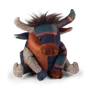 This Patchwork Highland Cow Doorstop is part of the bright patchwork range from Dora Designs. Code DSPCH05.