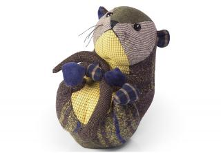 This Patchwork Mouse Doorstop is part of the bright patchwork range from Dora Designs. Code DSPCH07.