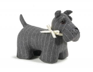 This Sacha the Schnauzer Doorstop would make a great gift for any dog lover. Code DST05.