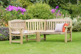 Why not create an ideal corner or space to relax with family and friends. The Emily Corner Bench is ideal for use in recreational areas, parks and gardens.