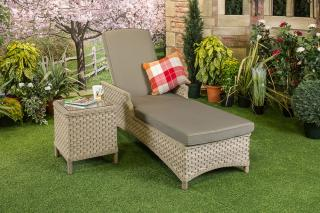 Bramblecrest Frampton Lounger with Side Table