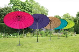 This stunning range of oriental look 24 rib parasols come in a range of bright colours.