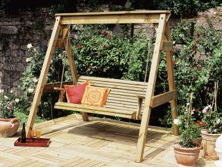 Why not relax in the garden with this Hollywood Swing Bench.