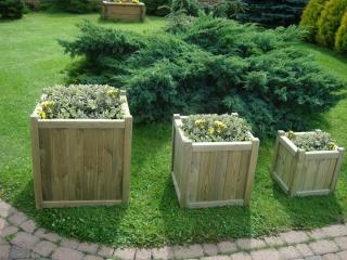 Holywell Planter Nest of Three