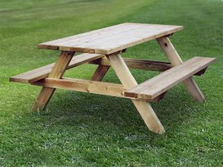 Katrina Picnic Table