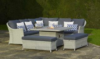 The stylish Monterey Modular Sofa Set with Firepit is fantastic for those who like to be in their garden to the early hours.