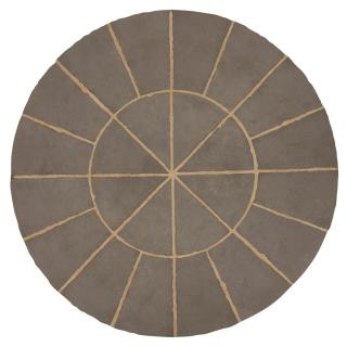 This Nova paving circle can be used alone as a feature or squared off to form part of a larger patio.