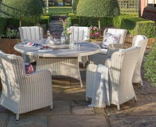LIFE Outdoor Living Queen Six Seat Dining Set