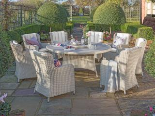 This LIFE Outdoor Living Queen dining set for eight comes in White Nature with ALL WEATHER cushions in Mouse Grey.