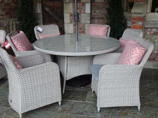 The classic Supremo Genoa 140cm Round Dining Set for Six is fantastic value for money and would complement most gardens and terraces.